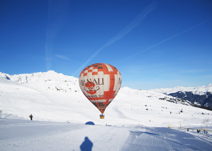 Courchevel-Baloon-On-Piste