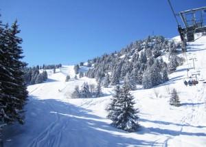 Meribel-Tougnete-Mountain-In-Morning-Sunshine-9am