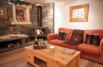 Meribel Chalets - 4 bedrooms Chalet Des Neiges Lounge