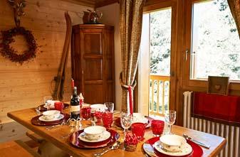 Meribel Chalets - 3 bedrooms Chalet Annabel Dining Room