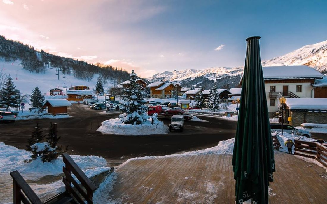 Meribel-Village in snow