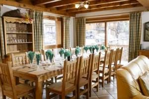 chalet-astemy-dining