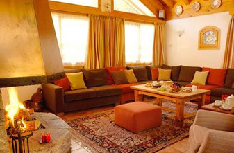 chalet-eleanor-lounge-small
