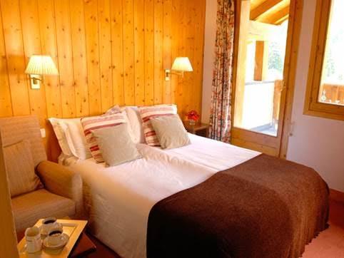 chalet-eleanor-twin-bedroom2