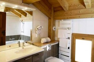 chalet-laetitia-bathroom