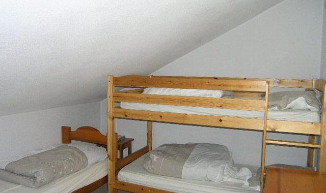 cristal-bedroom2