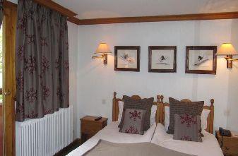 Meribel Hotels - Hotel Marie Blanche bedroom