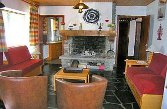Meribel self catered chalets - chalet Lapin lounge
