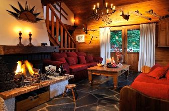 Meribel self catered chalets - chalet Petite Hibus lounge
