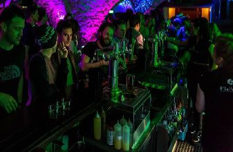 Meribel Bars Pubs Nightclubs - Osullivans Nightclub
