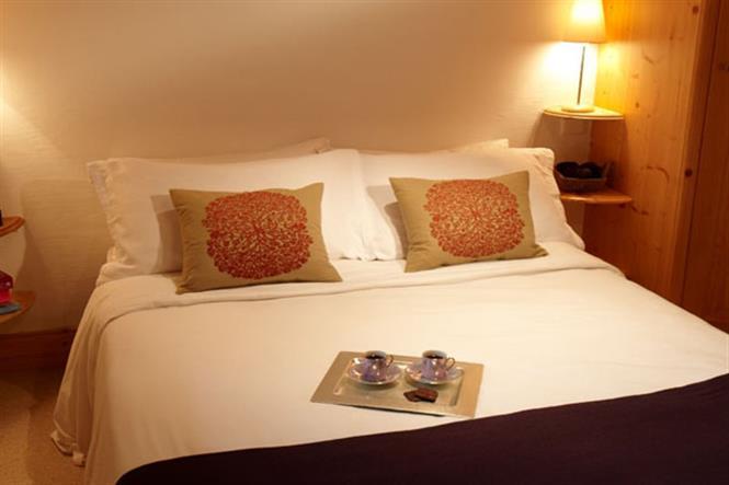 Chalet-Chanteclair-double-bedroom