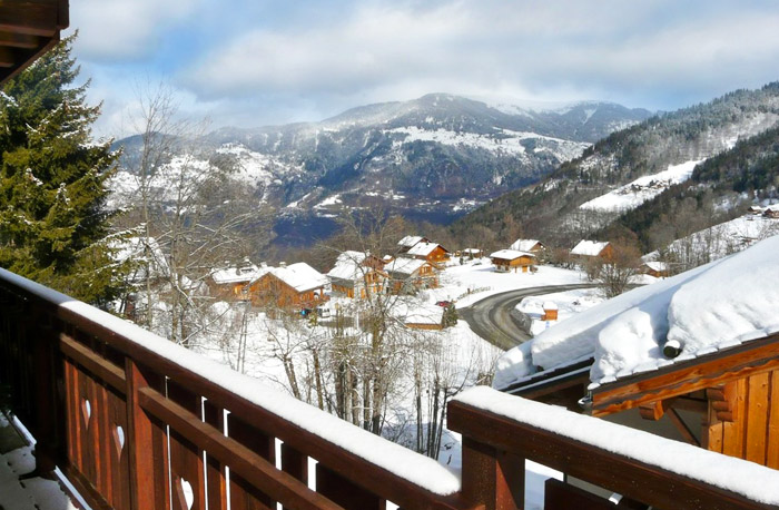 Chalet-Sardonnere-balcony-view-1