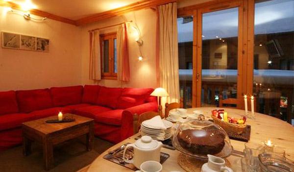 Meribel-Chalet-snowbell-3-bedrooms-catered