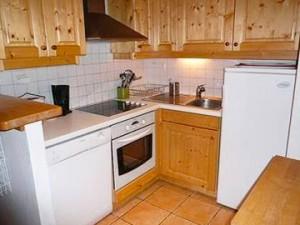 apartment-dou-du-pont-kitchen