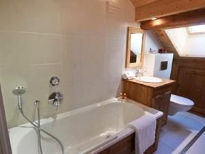 chalet-annabel-bathroom