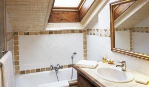 chalet-brioche-bathroom