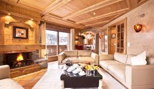 chalet-brioche-dining-room