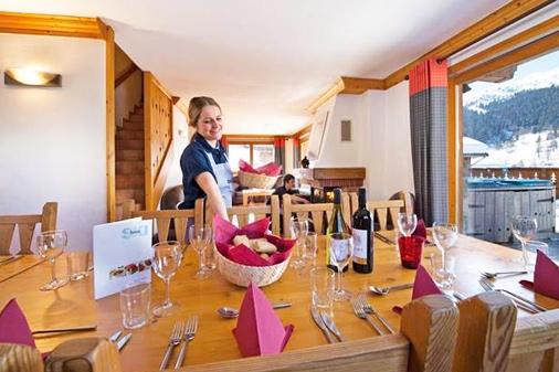 chalet-matterhorn-dining-room