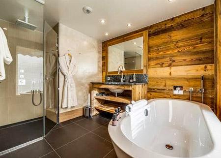 chalet-mont-tremblant-bathroom2