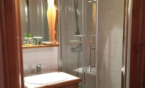 chez-zita-bathroom
