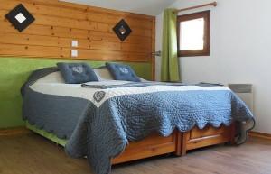 Chalet-Clementine-bedroom