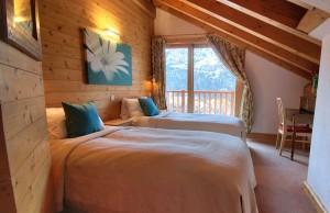 Chalet-Iamato-bedroom2