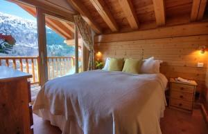 Chalet-Iamato-bedroom3