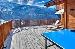 Chalet-Iamato-terrace2