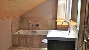 Chalet-La-Montee-bathroom