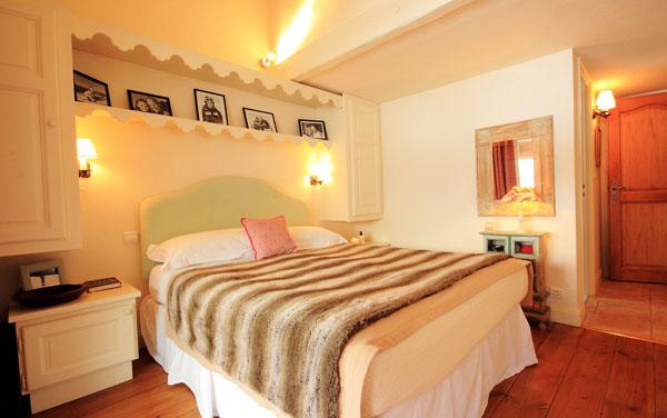 Chalet-Renard-Rouge-bedroom2