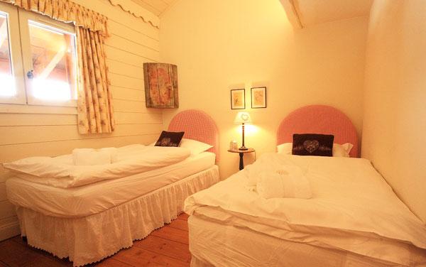 Chalet-Renard-Rouge-bedroom3