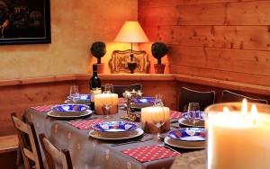 Chalet-Renard-Rouge-dining2