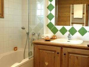 Silvana-bathroom2