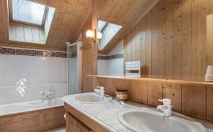 chalet-Marmottieres-bathroom4