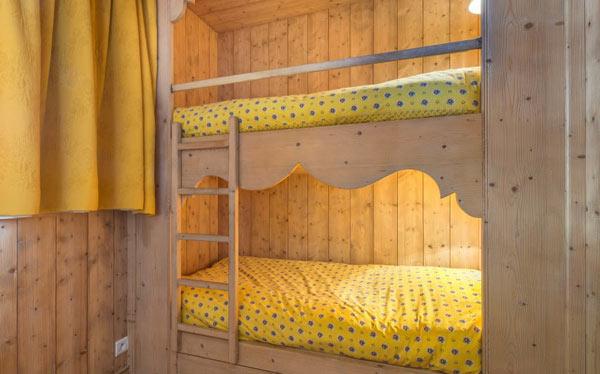 chalet-Marmottieres-bedroom7