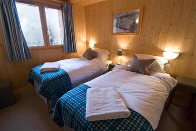 chalet-Nant-De-Morel-twin-bedroom2