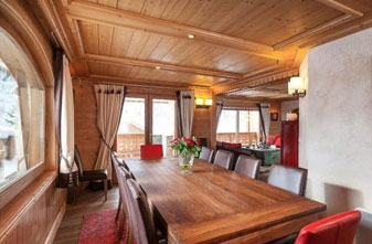chalet-altair-dining-room-small