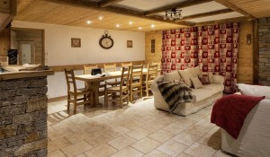 chalet-blanche-dining