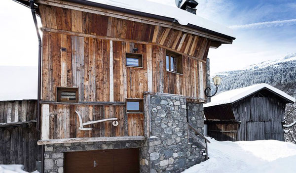 chalet-blanche-outside