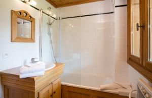 chalet-bruyere-bathroom