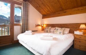 chalet-bruyere-bedroom-double