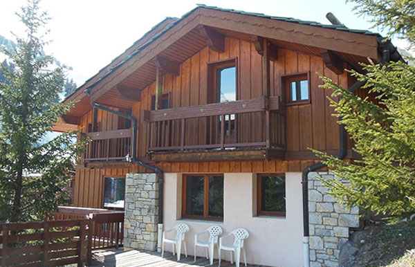 chalet-clementine-outside