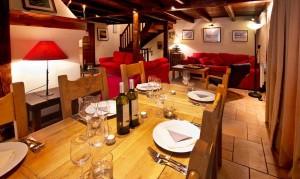 chalet-du-guide-dining