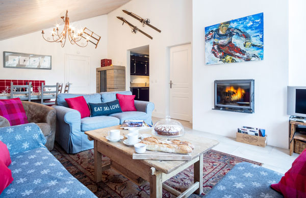 chalet-du-pont-living-room