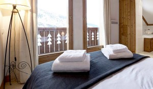chalet-epena-double-bedroom