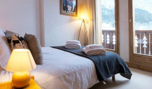 chalet-epena-double-bedroom2