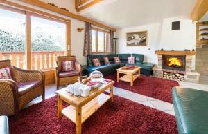 chalet-evergreen-lounge