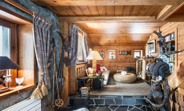 chalet-grizzly-lounge2