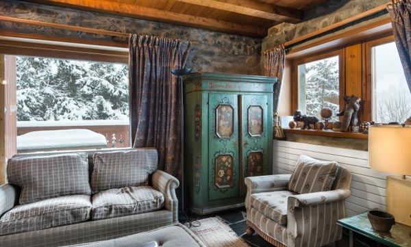 chalet-grizzly-lounge3