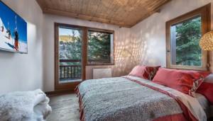 chalet-haapiti-bedroom3